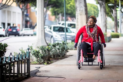 Urban_woman_in_wheelchair_smiling